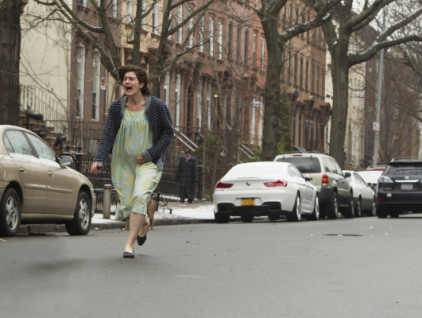 LYLE-Movie-Still-Gaby-Hoffmann-photo-by-Mary-Cybulski-620x400