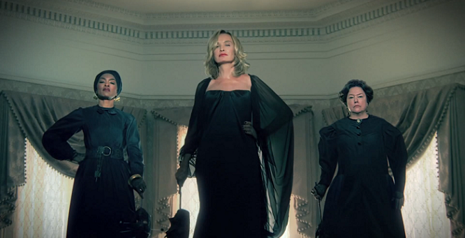 American-Horror-Story-Coven-Jessica-Lange-Kathy-Bates