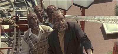 zombies of LA INVASIÓN DE LOS ZOMBIES ATÓMICOS